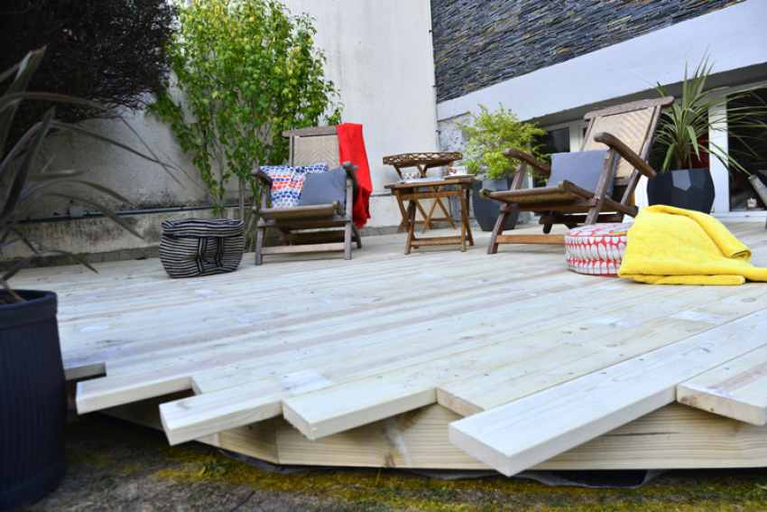 NORSILK :  La nouvelle gamme Silika® de lames de terrasse en bois provenant de Laponie bénéficie d'un traitement eco friendly, non toxique, à base de silice et d'acides de fruits pour une durabilité garantie